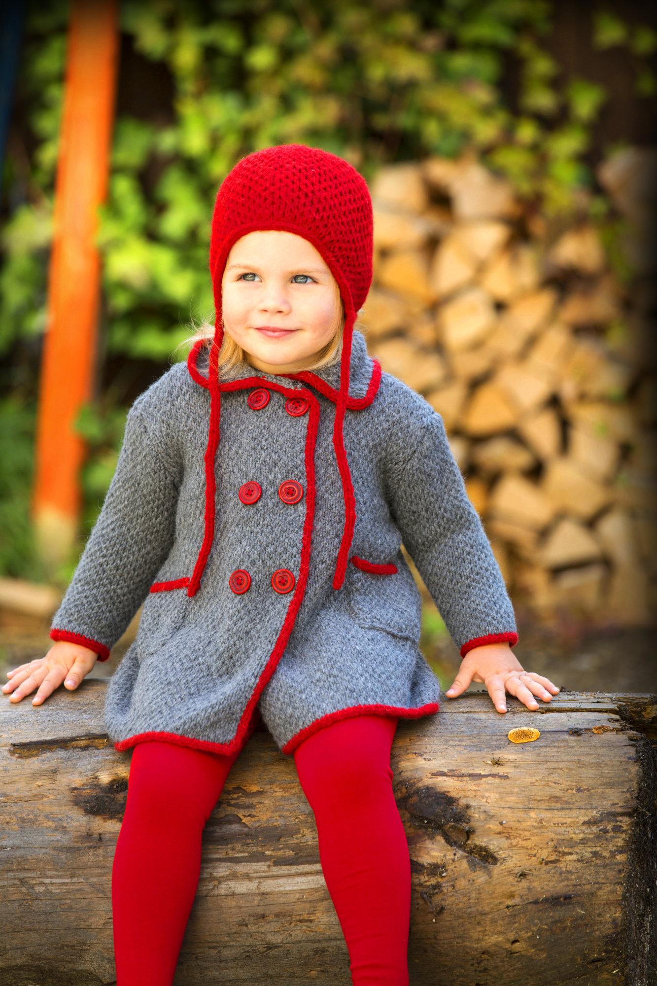 Kids-Set aus Mantel und Mütze mit I-Cord