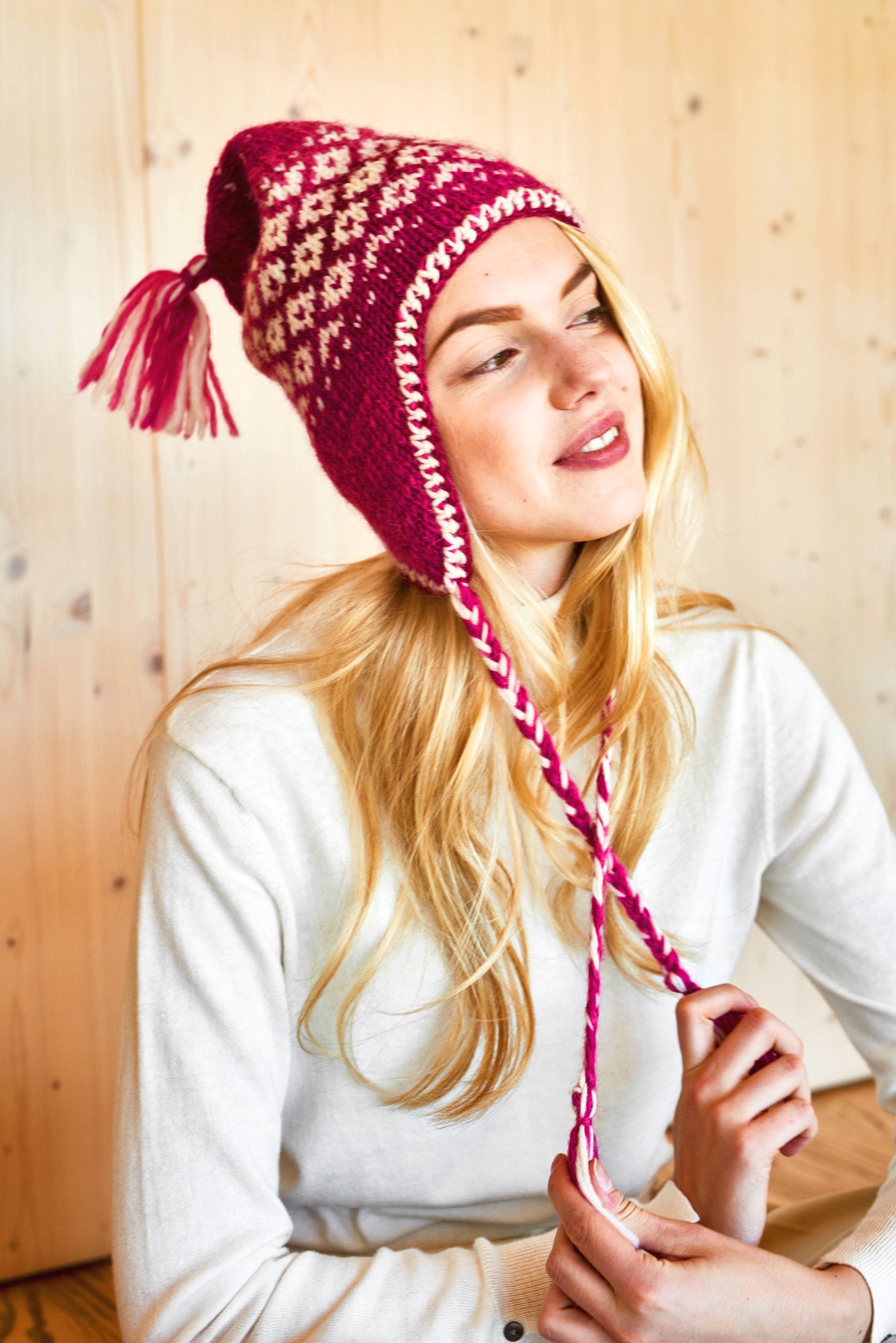Nordische Mütze mit Ohrenklappen