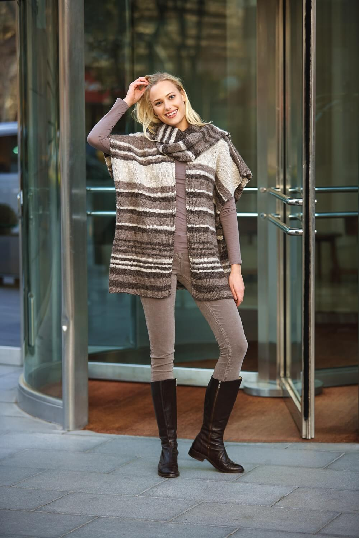 Easy-Poncho mit Schal