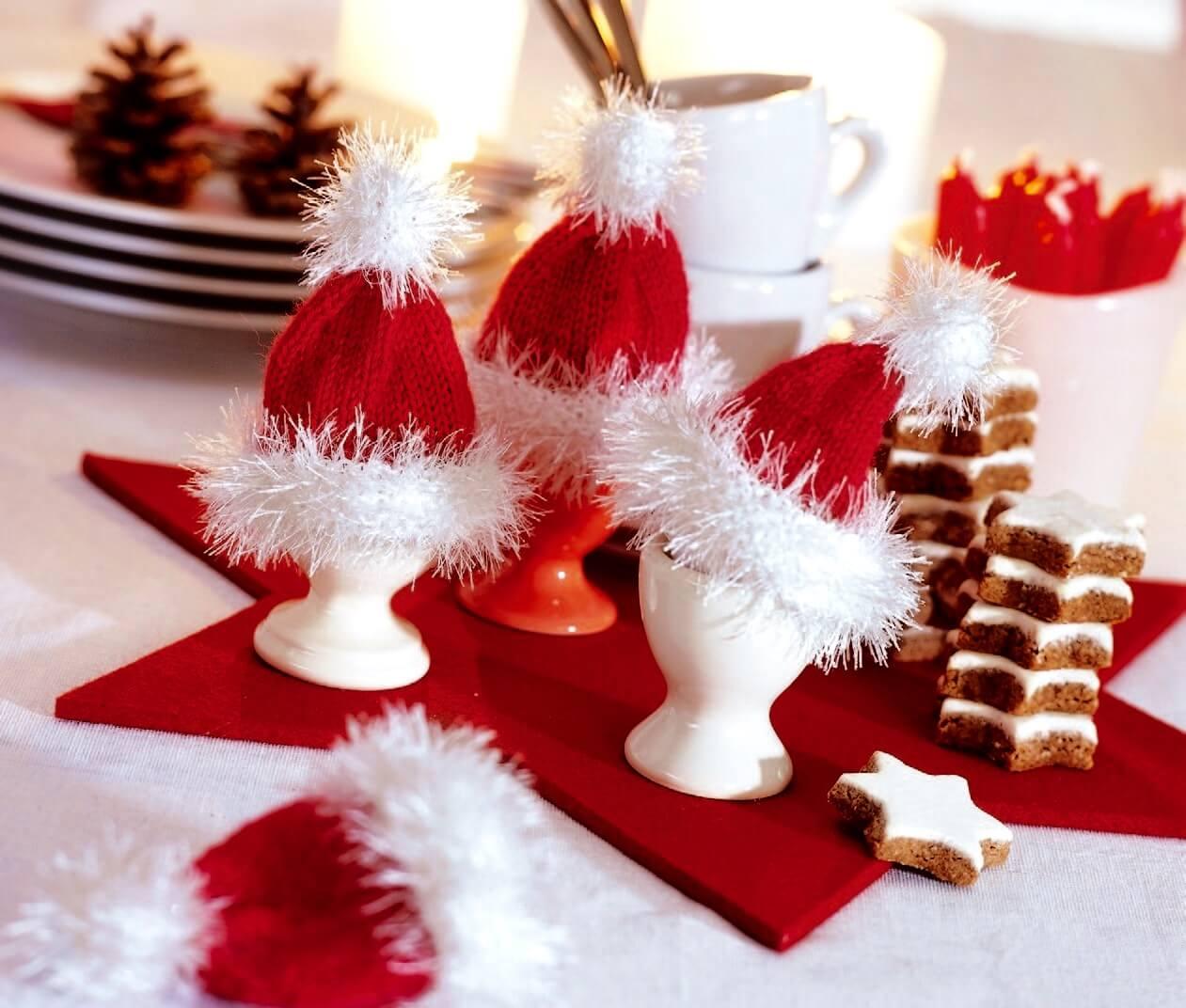 Eierwärmer und Flaschenmütze für die Weihnachtszeit