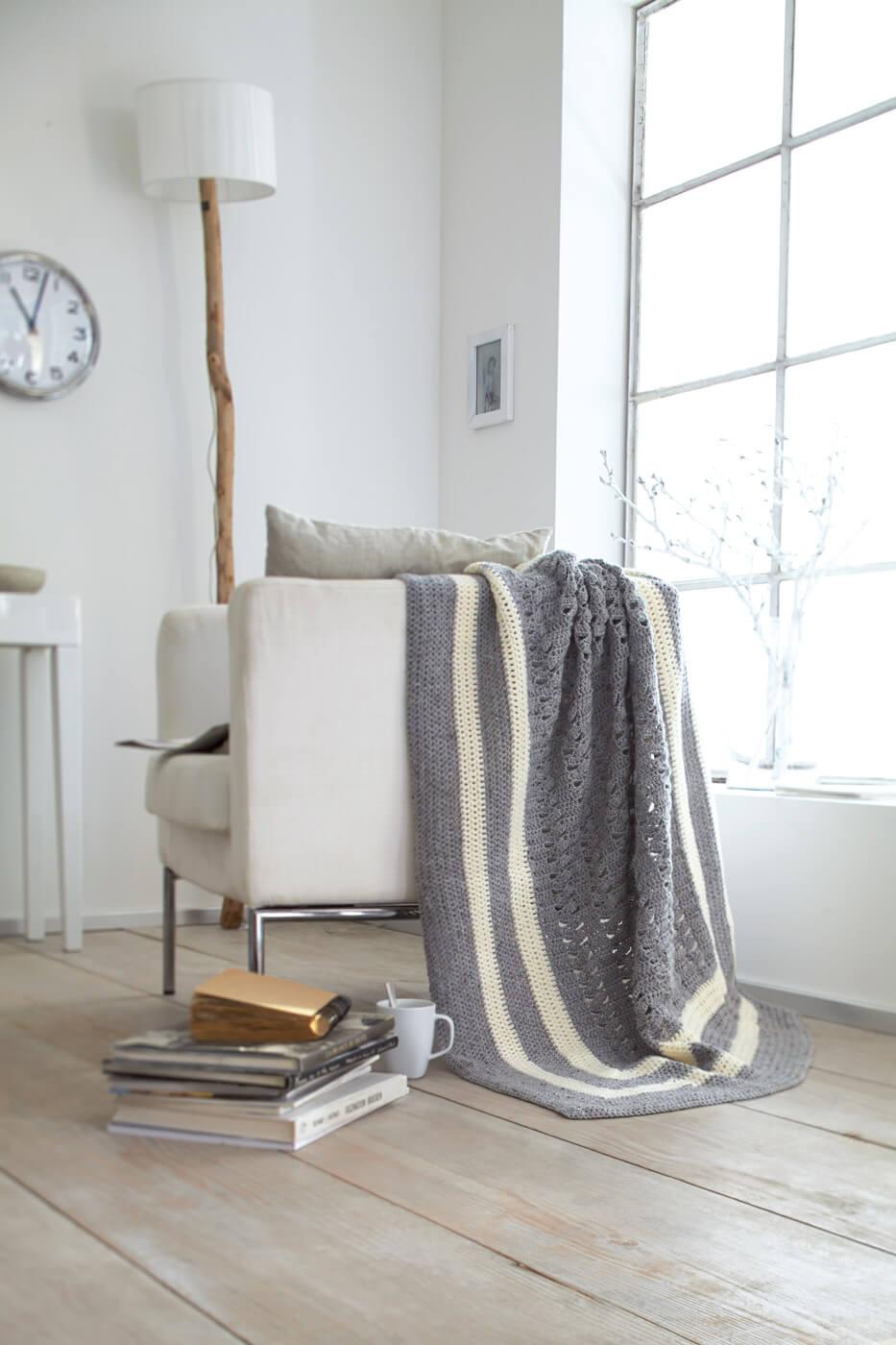Häkel-Decke mit verschiedenen Mustern