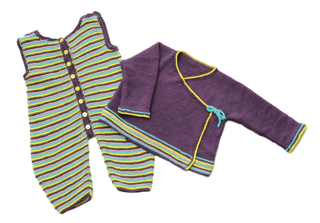 gestrickte Kimonojacke und Strampler
