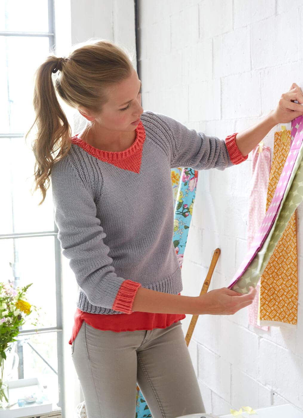 Pullover glatt gestrickt mit Rippenmuster